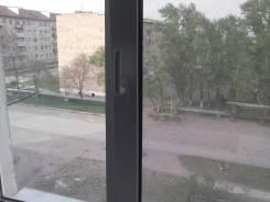 3-комнатная, ленинская 20. ПГТ Ярославский, частное лицо, 55 кв.м. Вид из окна днём