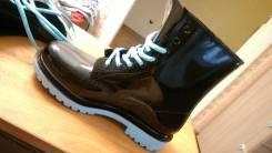 Ботинки резиновые. 38
