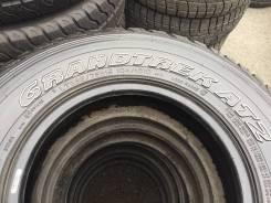 Dunlop Grandtrek AT2. Всесезонные, износ: 10%, 4 шт