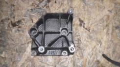 Крепление компрессора кондиционера. Citroen C4