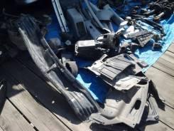 Защита двигателя пластиковая. Toyota Opa