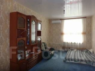 3-комнатная, улица Краснореченская 93а. Индустриальный, агентство, 63 кв.м.