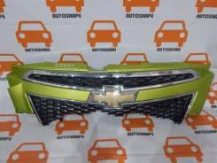 Решетка радиатора верхняя Chevrolet Spark