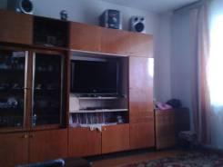 Сдаю комнату. 4-комнатная, улица Тухачевского 66, р-н БАМ, аренда среднесрочная (3 месяца - год), мне 27 лет, пол женский