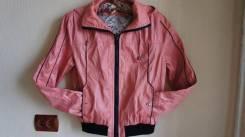 Куртки. 38, 40