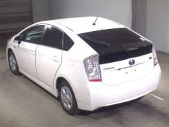 Toyota Prius. автомат, передний, бензин, б/п, нет птс. Под заказ