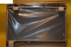 Радиатор охлаждения двигателя. Toyota Mark II, JZX110 Двигатель 1JZFSE