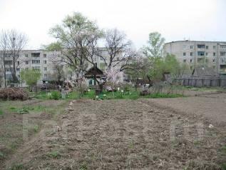 Продается участок с домом в центре Лесозаводска. 2 500 кв.м., собственность, электричество, от частного лица (собственник)