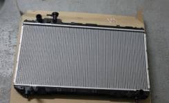 Радиатор охлаждения двигателя. Toyota RAV4, SXA10 Двигатель 3SFE