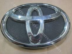 Эмблема решетки. Toyota Corolla, NRE150, CE140, ZRE142, ZRE151, ZRE152, NDE150, ZZE150, ZZE141, ZZE142, ADE150, NZE141 Toyota Ractis, NCP120, NSP120...