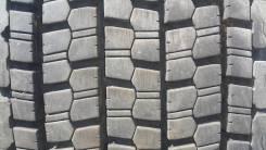 Bridgestone W900. Всесезонные, 2015 год, износ: 5%, 2 шт