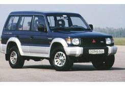 Стекло лобовое Mitsubishi Pajero / Montero, переднее