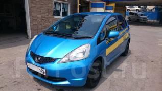 Водитель такси. Водитель такси Honda FIT 2009. ООО Олимп. Улица Шилкинская 16