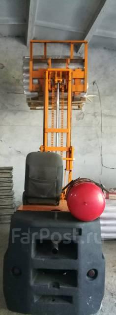 Komatsu. Вилочный погрузчик, 3 000 кг.