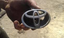 Эмблема решетки. Toyota Corolla, AE100G