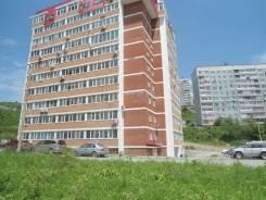 2-комнатная, улица Черняховского 3б. 64, 71 микрорайоны, агентство, 63кв.м. Дом снаружи