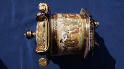Старинная шкатулка. Фарфор Сацума. Япония, кон. XIX века. Оригинал