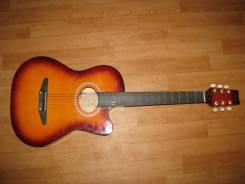 Гитары 6-струнные.