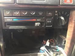 Кронштейн климат-контроля. Nissan Bluebird, EU14
