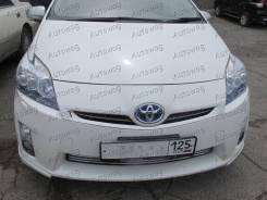 Молдинг решетки радиатора. Toyota Prius, ZVW30, ZVW30L