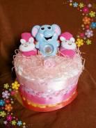 Милый подарок для девочки -Торт из памперсов