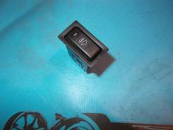 Кнопка включения противотуманных фар. Toyota