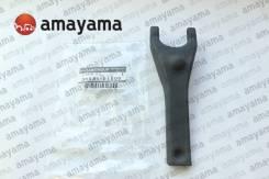 Вилка сцепления Nissan 3053101S00