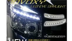 Накладка на фару. Toyota Voxy, ZRR70, ZRR70G, ZRR75, ZRR75G, ZRR75W Двигатели: 3ZRFAE, 3ZRFE