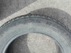 Bridgestone Blizzak Revo1. Всесезонные, износ: 20%, 2 шт