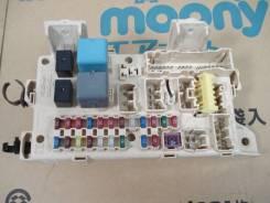 Блок предохранителей салона. Toyota Ipsum, ACM21, ACM26W, ACM26 Двигатель 2AZFE