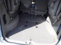Уплотнитель двери багажника. Nissan Serena, C25, CNC25, NC25, CC25 Двигатель MR20DE
