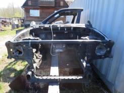 Передняя часть автомобиля. Nissan Terrano, RR50, PR50