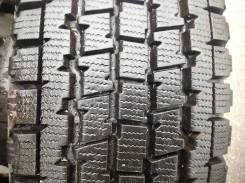 Bridgestone Blizzak W969. Всесезонные, 2007 год, износ: 10%, 2 шт
