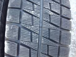 Bridgestone Blizzak Revo2. Всесезонные, 2006 год, износ: 10%, 2 шт