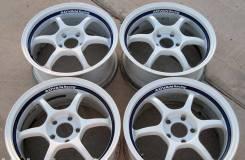 Advan Racing RGII. 8.5x17, 5x114.30, ET31