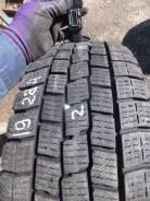 Dunlop SP LT 02. Зимние, без шипов, 2015 год, износ: 10%, 2 шт. Под заказ