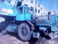 Komatsu LW250. Автокран 25т, 200 куб. см., 25 000 кг., 32 м.