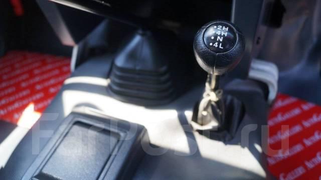 Nissan. Safari 4.2 PICK UP 1995г, 4 200 куб. см., 1 000 кг.