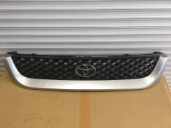 Решетка радиатора. Toyota Hiace Regius, KCH40G, KCH40W, KCH46G, RCH41W, RCH47W