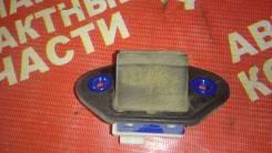 Кнопка открывания багажника. Toyota Allion, ZRT260, NZT260, ZRT261, ZRT265 Toyota Premio, NZT260, ZRT260, ZRT265, ZRT261