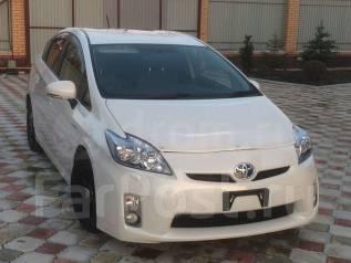 Toyota Prius. вариатор, передний, 1.8 (99 л.с.), электричество, 57 000 тыс. км