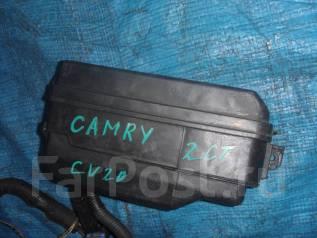 Блок предохранителей под капот. Toyota Camry, CV20 Двигатель 2CT