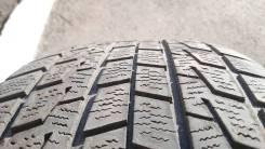 Bridgestone Blizzak Revo1. Зимние, без шипов, 2004 год, износ: 50%, 2 шт