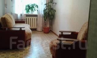 3-комнатная, улица Октябрьская 2а. 2-й район, частное лицо, 56 кв.м.