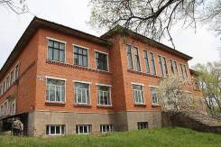 Продам отдельно стоящее здание в Партизанске. Улица Профсоюзная 2, р-н Партизанский, 1 136 кв.м.