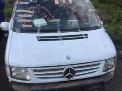 Решетка радиатора. Mercedes-Benz Vito