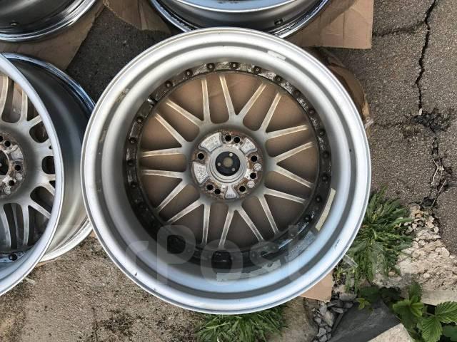 Bridgestone. 8.0x17, 4x114.30, 5x114.30, ET45, ЦО 73,0мм.