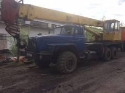 Челябинец КС-45721. Урал, 11 150 куб. см., 25 000 кг., 21 м.
