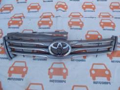 Решётка радиатора Toyota RAV4