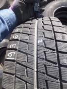 Bridgestone Blizzak Revo2. Зимние, без шипов, 2012 год, износ: 10%, 2 шт. Под заказ